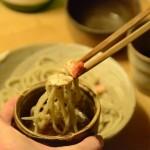 十割蕎麦だいこん舎×ギャラリー木の上の鳥のコラボイベント「そば屋で呑む酒はなぜうまい」にて、職人同志が福井の食を楽しみました。