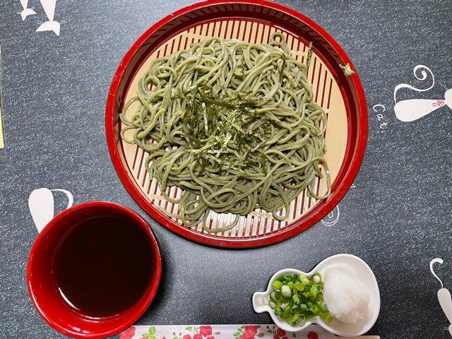 お休み所シキサイ(白山市)では、糖質の吸収を抑える「桑そば」が食べられる。