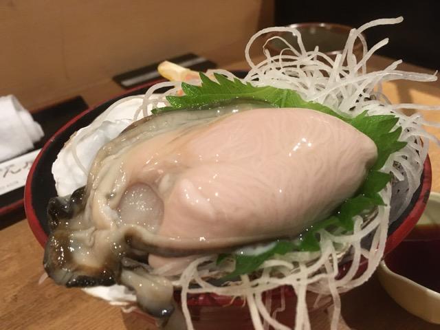 敦賀駅前まるさん屋の辛味大根の絞り汁とかえし醤油で食べる十割蕎麦「喜辛(きしん)そば」が美味い!