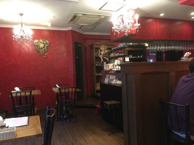 熊本市のCHOCOLATCafe Bistrot (ショコラカフェ ビストロ)では、サクッふわっガレットが楽しめる。