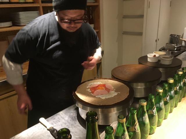京都市CREPERIE ORUHAKOSHITO(オルハコシト)CAFEのガレットは、仏ブルターニュで修行した店主の技が光る1枚。