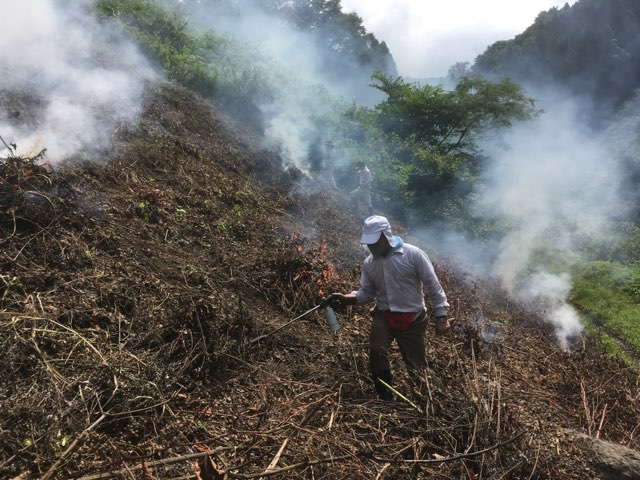 2020年度 焼き畑そば交流会にて畑焼と播種作業を行いました。
