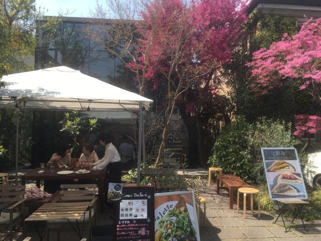 芦屋川沿いのカーサ ベリーニ(Casa Bellini)のガレットは、色彩豊かで独創的な作品に仕上がっている。