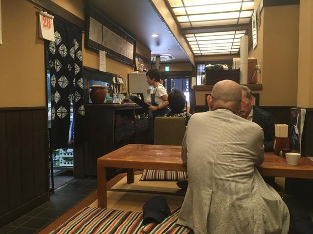 高崎駅前のそば処きのえね(高崎)は、高崎市民に長く愛されている憩いのそば店。
