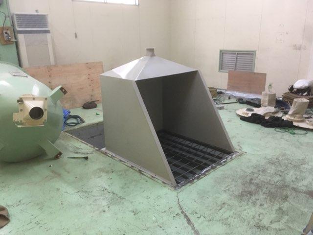 カガセイフン改修工事(58日目)原料切込み口取付、設備移動
