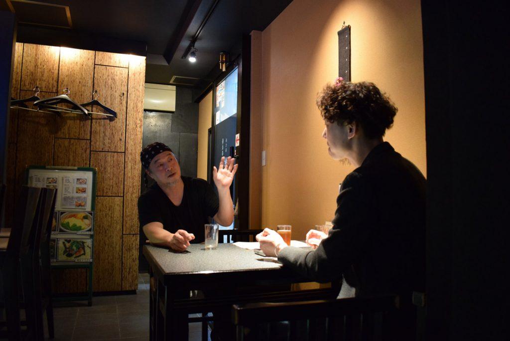 蕎麦居酒屋 西九条「樹楽(きらく)」様 店主と語り合う加賀社長