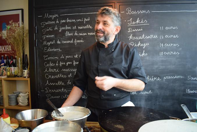 We talk about galette,farine de sarrasin.Creperie du Chateau,15.