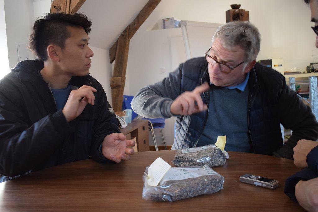 We talk about farine de sarrasin,ble noir and galette.Minoterie de Roncin S.A.R.L Henri TUAL,131.