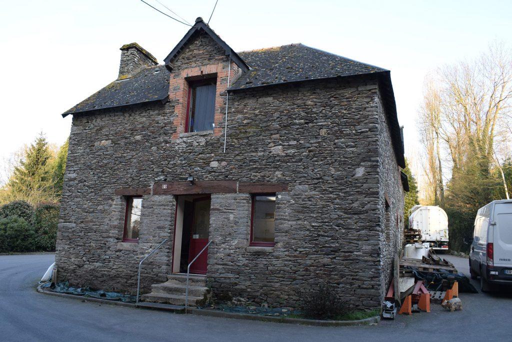 We talk about farine de sarrasin,ble noir and galette.Minoterie de Roncin S.A.R.L Henri TUAL,33.